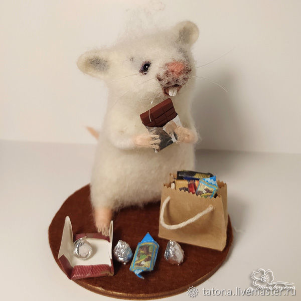 Мышонок с шоколадкой, Войлочная игрушка, Москва,  Фото №1
