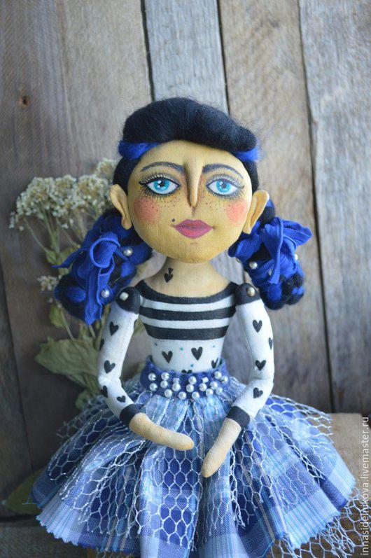"""Коллекционные куклы ручной работы. Ярмарка Мастеров - ручная работа. Купить Авторская текстильная кукла """"Маруня"""". Handmade. интерьерная кукла"""