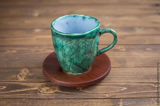 Кофейная пара `Зеленая кружка с царапинами и блюдце из сапеле` от Кофе Калиенте