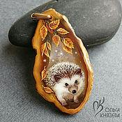 """Украшения ручной работы. Ярмарка Мастеров - ручная работа Кулон """"Ёжик -2"""" - миниатюрная живопись на камне. Handmade."""