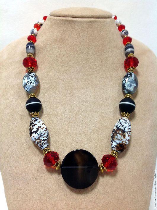 Колье бусы этнические из натуральных камней и хрусталя  Мавритания. Необычное авторское  украшение. Оригинальный подарок для стильных неординарных женщин и девушек.