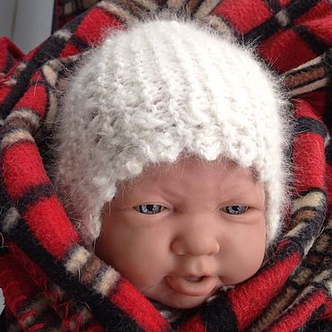 Товары для малышей ручной работы. Ярмарка Мастеров - ручная работа Шапочка вязаная из кроличьего пуха для новорожденного. Handmade.
