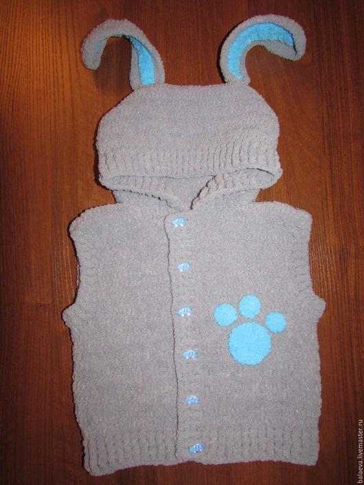 """Одежда для мальчиков, ручной работы. Ярмарка Мастеров - ручная работа. Купить Жилет-зверушка для мальчика """"Серый зайка"""". Handmade. Серый"""