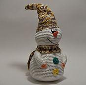 Подарки к праздникам ручной работы. Ярмарка Мастеров - ручная работа Вязаные снеговики. Handmade.