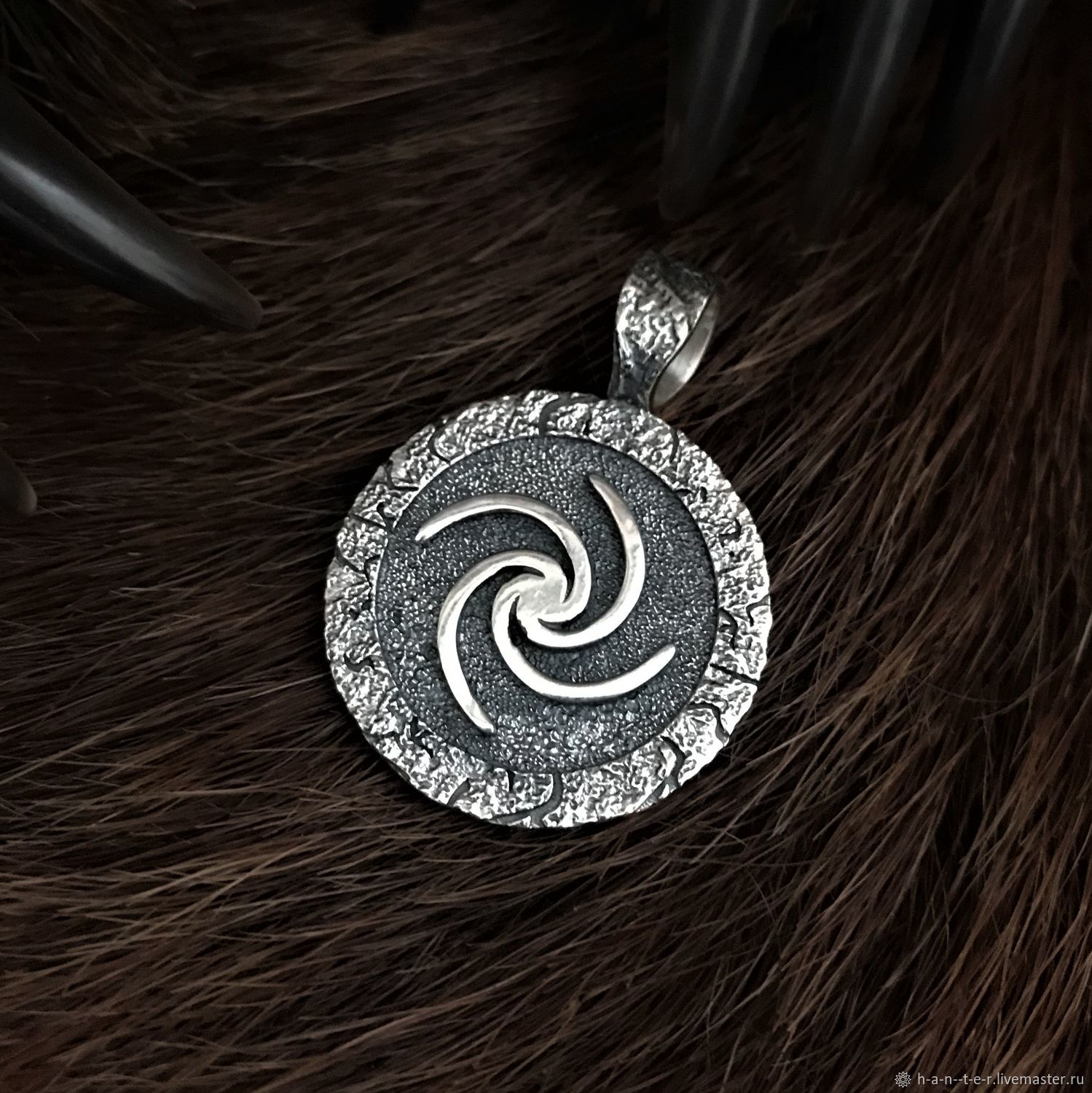 Source with the tree of life, Pendants, Kostroma,  Фото №1