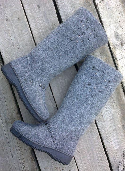"""Обувь ручной работы. Ярмарка Мастеров - ручная работа. Купить Валенки """"ilta"""" 37 размер готовая пара. Handmade. Серый"""