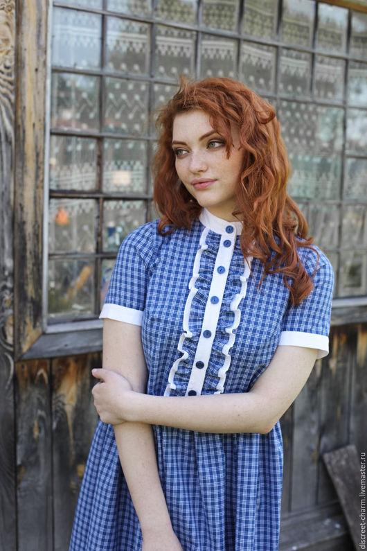 Платья ручной работы. Ярмарка Мастеров - ручная работа. Купить Летнее свободное клетчатое платье, синее с белым, рюши, короткий рукав. Handmade.