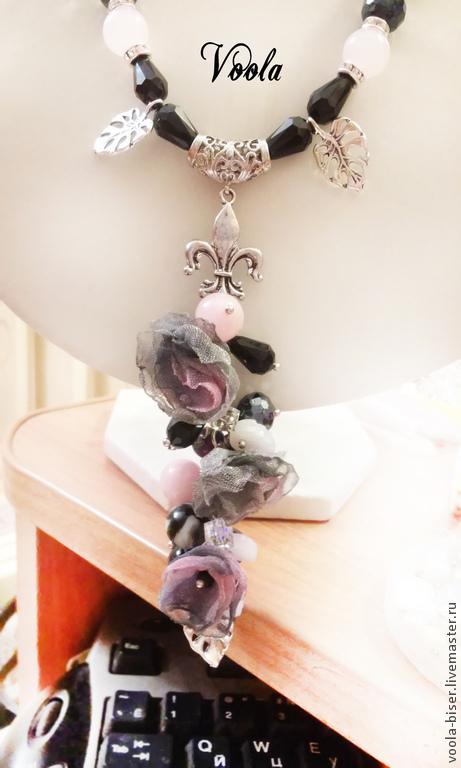 Колье, бусы ручной работы. Ярмарка Мастеров - ручная работа. Купить Цветочная подвеска.. Handmade. Черный, агат, розовый кварц