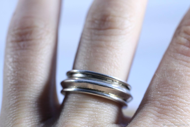 Beautiful Wedding Ring Finger Rash Motif   Blue Wedding Color Ideas .