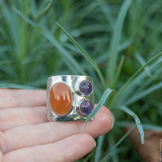 Кольца ручной работы. Ярмарка Мастеров - ручная работа. Купить Сердолик и аметист (кольцо) (245). Handmade. Комбинированный, Природные камни