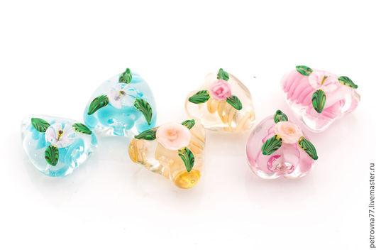 Для украшений ручной работы. Ярмарка Мастеров - ручная работа. Купить Сердечки с цветами - бусины лэмпворк ручной работы. Handmade.