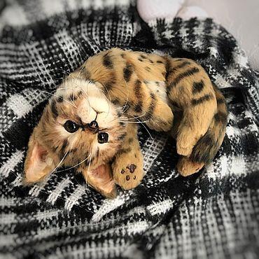 Куклы и игрушки ручной работы. Ярмарка Мастеров - ручная работа Котёнок породы саванна -Сафари. Handmade.