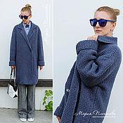 Одежда ручной работы. Ярмарка Мастеров - ручная работа Пальто вязаное цвет голубики. Handmade.