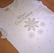 Работы для детей, ручной работы. Ярмарка Мастеров - ручная работа Новогодняя футболка. Handmade.
