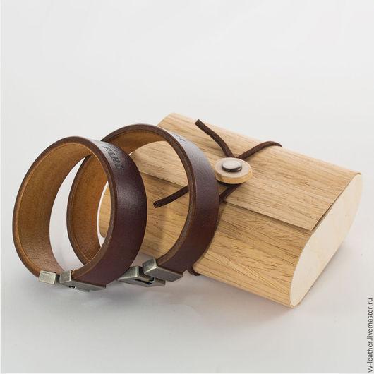 Парные браслеты из кожи с гравировкой