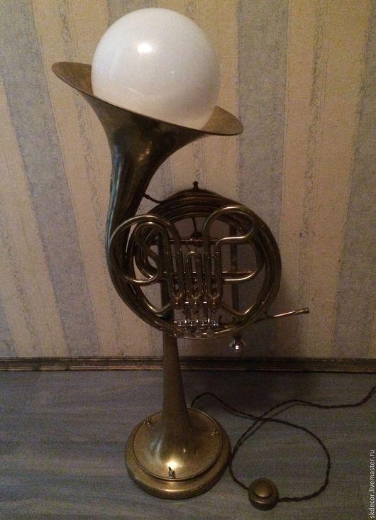 Освещение ручной работы. Ярмарка Мастеров - ручная работа. Купить Напольная лампа из валторна. Handmade. Напольная лампа, ночник