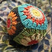 Куклы и игрушки ручной работы. Ярмарка Мастеров - ручная работа Мячик-погремушка вязаный. Handmade.