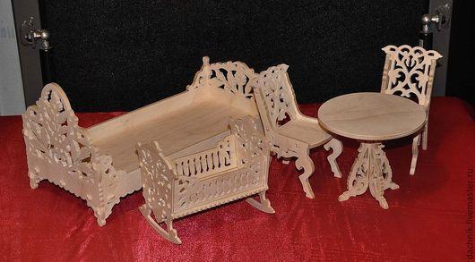 Кукольный дом ручной работы. Ярмарка Мастеров - ручная работа. Купить Подарочный набор для Барби. Handmade. Резьба по дереву, подарок