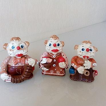 """Сувениры и подарки ручной работы. Ярмарка Мастеров - ручная работа Колокольчики:"""" клоуны"""". Handmade."""