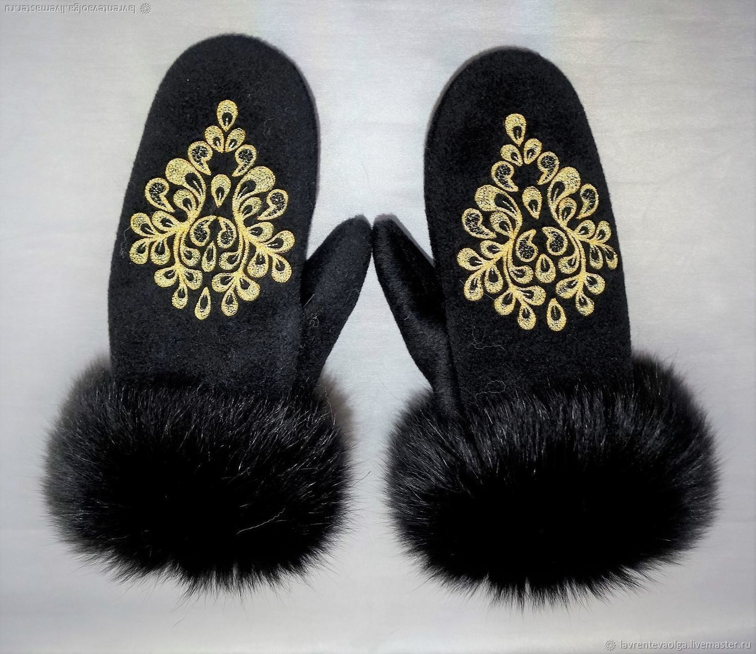 Cashmere mittens with fur and embroidery, Mittens, Moscow,  Фото №1
