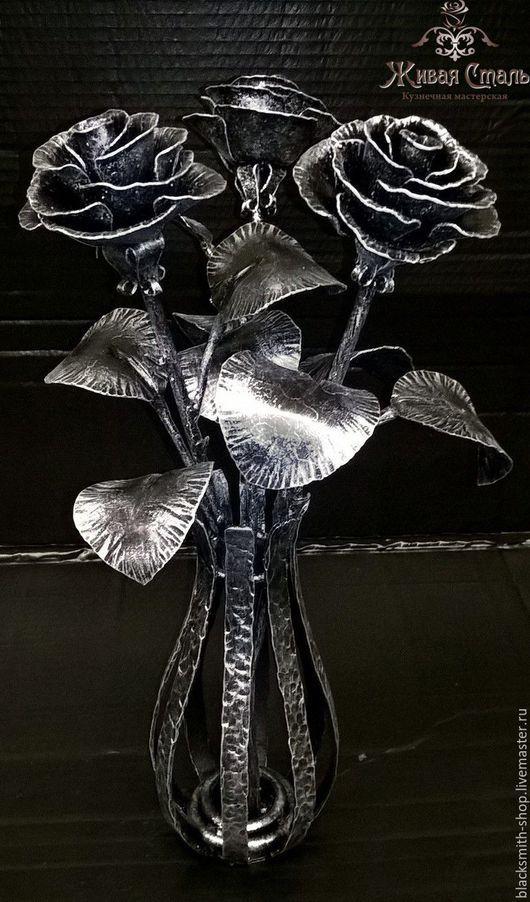Цветы ручной работы. Ярмарка Мастеров - ручная работа. Купить 3 кованые розы в кованой вазе. Handmade. Серебряный, подарок