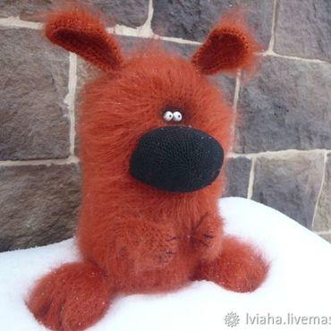 Куклы и игрушки ручной работы. Ярмарка Мастеров - ручная работа Вязаная собака Бублик Чих ). Handmade.