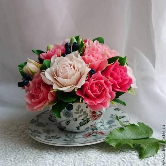 """Букеты ручной работы. Ярмарка Мастеров - ручная работа. Купить Чашечка """"Розы с жимолостью"""". Handmade. Брусничный, роза ручной работы"""
