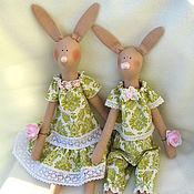 Куклы и игрушки ручной работы. Ярмарка Мастеров - ручная работа Тильда зайцы:мама с дочкой.. Handmade.
