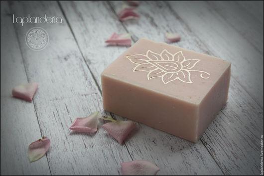 """Мыло ручной работы. Ярмарка Мастеров - ручная работа. Купить """"Розовый свет"""" мыло с нуля. Handmade. Бледно-розовый"""