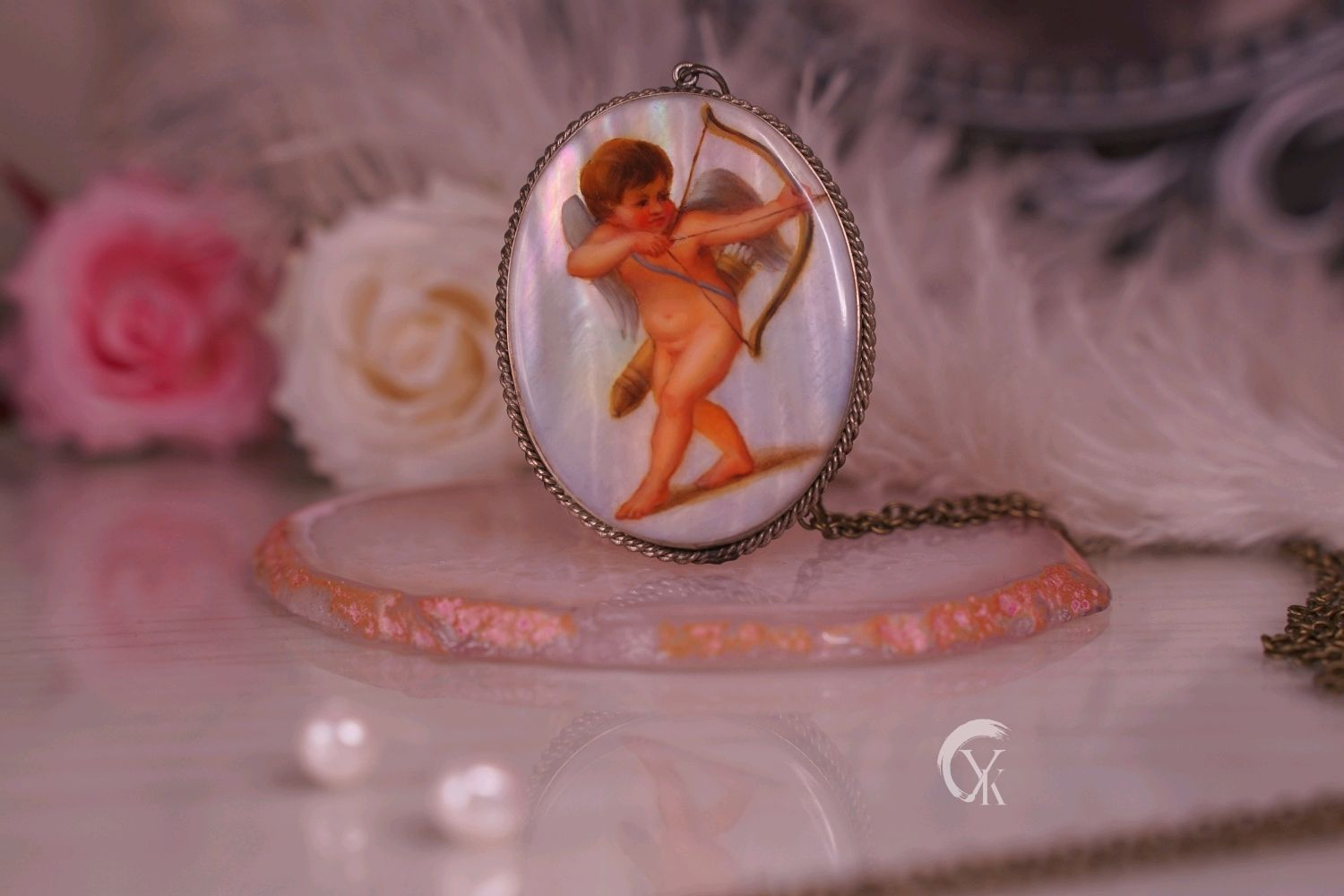 Mother of pearl pendant 'Cupid'. Lacquer miniature, Pendant, Moscow,  Фото №1