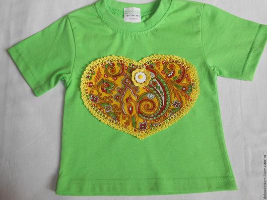 """Одежда для девочек, ручной работы. Ярмарка Мастеров - ручная работа. Купить Детская футболка """"Сердце"""". Handmade. Ярко-зелёный"""