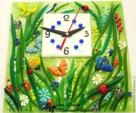 Часы для дома ручной работы. Ярмарка Мастеров - ручная работа. Купить часы МАЛЕНЬКАЯ СТРАНА, фьюзинг. Handmade. Настенные часы