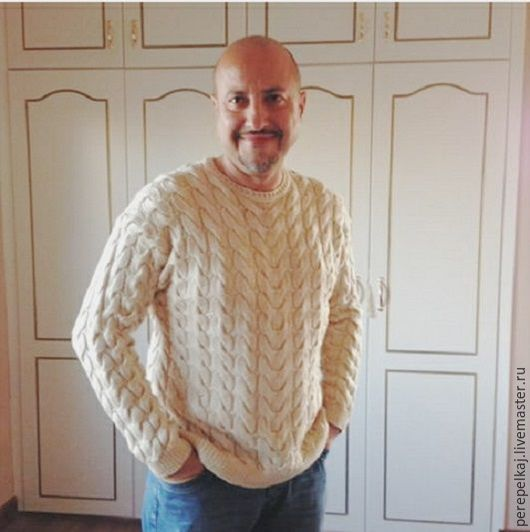 """Для мужчин, ручной работы. Ярмарка Мастеров - ручная работа. Купить Мужской свитер """"Весь в косах"""". Handmade. Бежевый"""