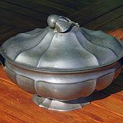 Винтаж ручной работы. Ярмарка Мастеров - ручная работа винтажная оловянная ваза с грушей на крышке. Handmade.