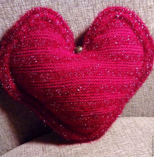 """Текстиль, ковры ручной работы. Ярмарка Мастеров - ручная работа. Купить Подушка """"Красное сердце"""". Handmade. Ярко-красный"""
