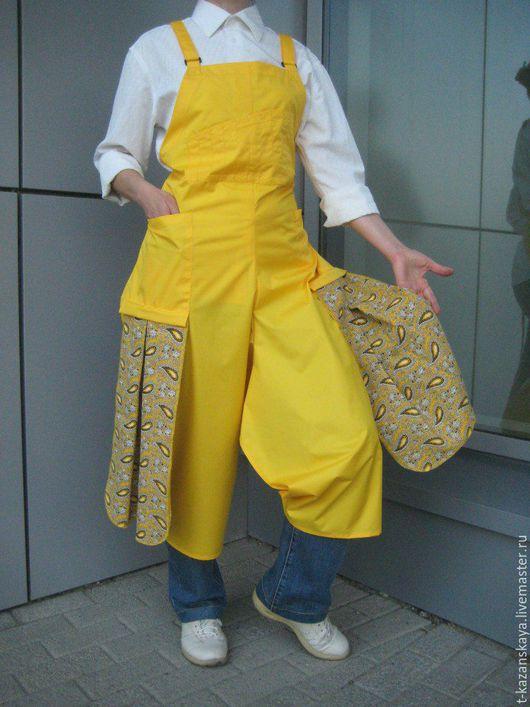 ceramic artist apron, painter`s apron, pottery apron split leg
