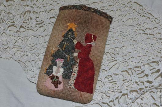 """Для телефонов ручной работы. Ярмарка Мастеров - ручная работа. Купить Чехол  """"Рождество"""". Handmade. Коричневый, чехол для смартфона, пэчворк"""