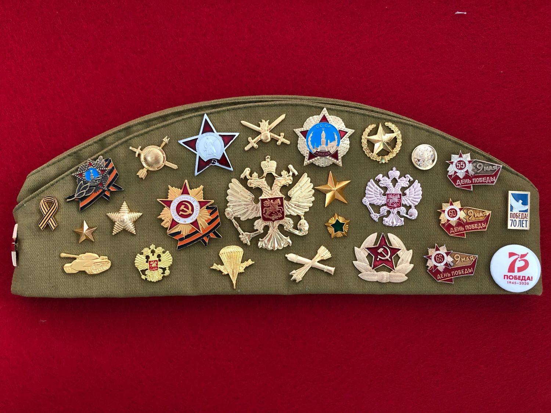 A souvenir soldier's cap with badges DEMOBILIZATION, Pilot, Moscow,  Фото №1