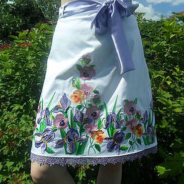 Одежда ручной работы. Ярмарка Мастеров - ручная работа Вышитая юбка,белая джинсовая юбка,миди яркая юбка,юбка с вышивкой. Handmade.