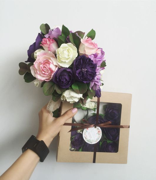Свадебные цветы ручной работы. Ярмарка Мастеров - ручная работа. Купить Букет для невесты ,бутоньерка,браслет,подвязка,для колец,из фоамирана. Handmade.