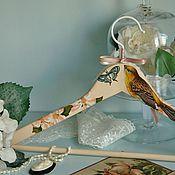 Для дома и интерьера ручной работы. Ярмарка Мастеров - ручная работа Вешалка - плечики для одежды  Весенние трели. Handmade.