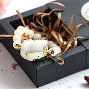 Браслет из бусин ручной работы. Ярмарка Мастеров - ручная работа Браслет белый  молочный друза белого кварца в позолоте. Handmade.