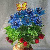 Цветы и флористика ручной работы. Ярмарка Мастеров - ручная работа Букет из васильков и ягод. Handmade.