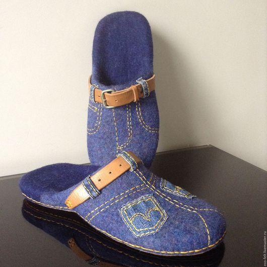 """Обувь ручной работы. Ярмарка Мастеров - ручная работа. Купить Тапочки """"Джинса"""". Handmade. Синий, тапочки валяные, тапочки для дома"""