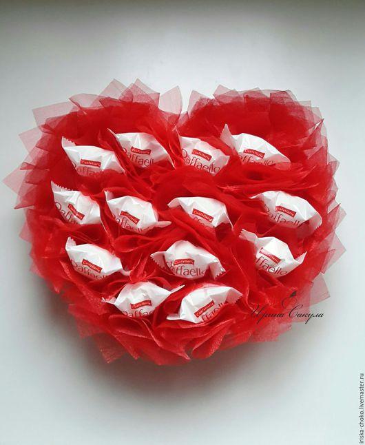 Подарки для влюбленных ручной работы. Ярмарка Мастеров - ручная работа. Купить Сладкое сердце из конфет подарок на 14 февраля. Handmade.