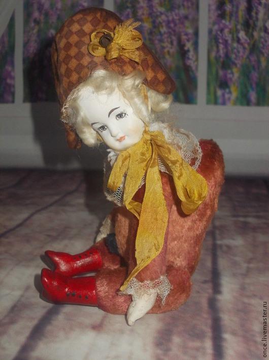 Коллекционные куклы ручной работы. Ярмарка Мастеров - ручная работа. Купить Polichinelle. Handmade. Коралловый, петрушка, акриловые краски