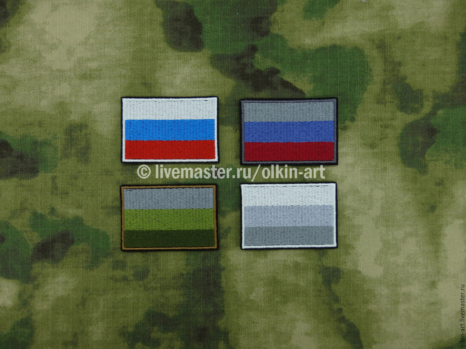 Badge the flag of Russia (casual/ subdued/ field/ winter) Machine embroidery. Beloretskiy stripe. Patch. Chevron. Patch. Embroidery. Chevrons. Patches. Stripe. Buy patch.