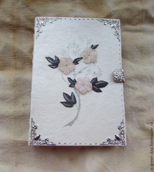Блокноты ручной работы. Ярмарка Мастеров - ручная работа. Купить Эльфийский дневник. Handmade. Белый, эльф, скрап бумага