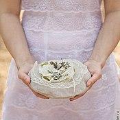 Свадебный салон ручной работы. Ярмарка Мастеров - ручная работа Подушечка для колец   с цветами ручной работы. Handmade.