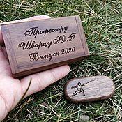 Сувениры и подарки handmade. Livemaster - original item Wooden flash drive with engraving in a box, gift made of wood, usb. Handmade.